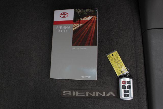 2015 Toyota Sienna XLE FWD - BRAUNABILITY HANDICAP/HANDICAPPED! Mooresville , NC 21