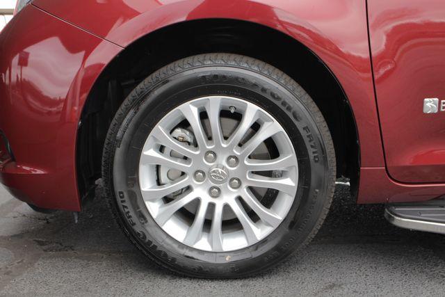 2015 Toyota Sienna XLE FWD - BRAUNABILITY HANDICAP/HANDICAPPED! Mooresville , NC 23