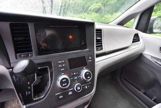 2015 Toyota Sienna LE Naugatuck, Connecticut 21