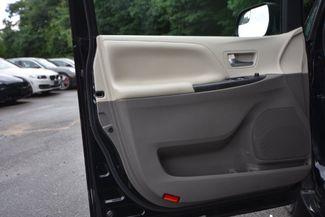 2015 Toyota Sienna LE Naugatuck, Connecticut 18