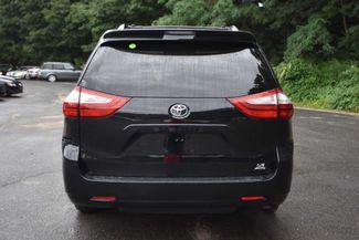 2015 Toyota Sienna LE Naugatuck, Connecticut 3