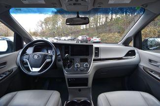 2015 Toyota Sienna XLE Naugatuck, Connecticut 17