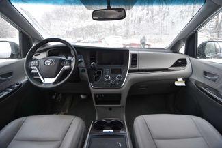 2015 Toyota Sienna XLE Naugatuck, Connecticut 10