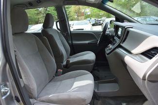 2015 Toyota Sienna L Naugatuck, Connecticut 10