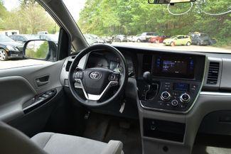 2015 Toyota Sienna L Naugatuck, Connecticut 15