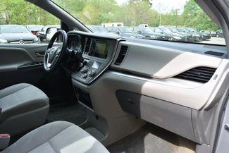 2015 Toyota Sienna L Naugatuck, Connecticut 9