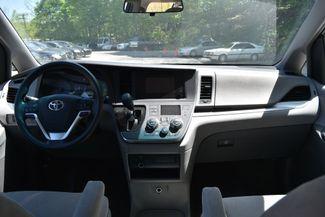 2015 Toyota Sienna L Naugatuck, Connecticut 14