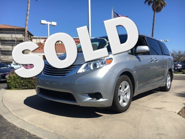2015 Toyota Sienna LE You wont have to worry about home-improvement projects with the convenience