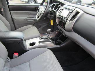 2015 Toyota Tacoma PreRunner Crew Cab Houston, Mississippi 8