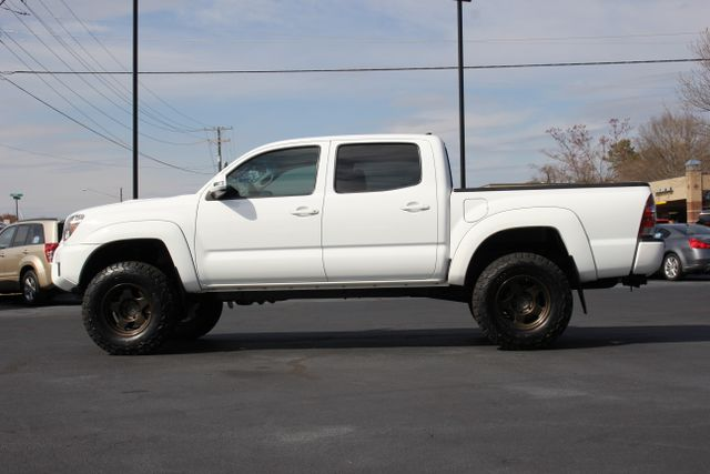 2015 Toyota Tacoma PreRunner Crew Cab RWD TRD SPORT - One Owner Mooresville , NC 10