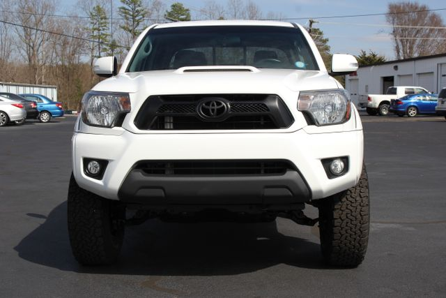 2015 Toyota Tacoma PreRunner Crew Cab RWD TRD SPORT - One Owner Mooresville , NC 11