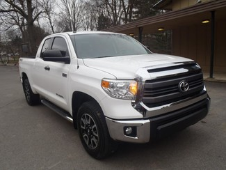 2015 Toyota TUNDRA in Shavertown, PA