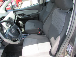 2015 Toyota Yaris L, Low Miles! Gas Saver! Factory Warranty! New Orleans, Louisiana 10