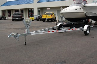 2017 Venture VAB-3025 Single axle boat trailer East Haven, Connecticut 1
