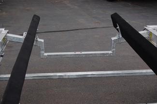 2018 Venture VATB-5225 Straight Inboard Pkg Rear crossmember drop-down East Haven, Connecticut 13