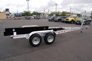 2018 Venture VATB-5225 Straight Inboard Pkg Rear crossmember drop-down East Haven, Connecticut 3