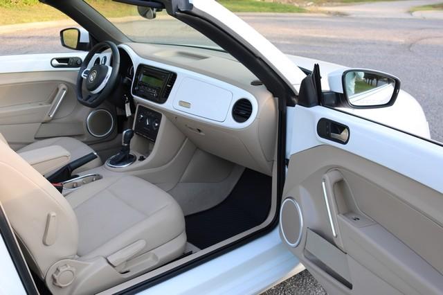 2015 Volkswagen Beetle Convertible 1.8T Mooresville, North Carolina 16