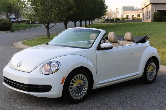 2015 Volkswagen Beetle Convertible 1.8T Mooresville, North Carolina 2