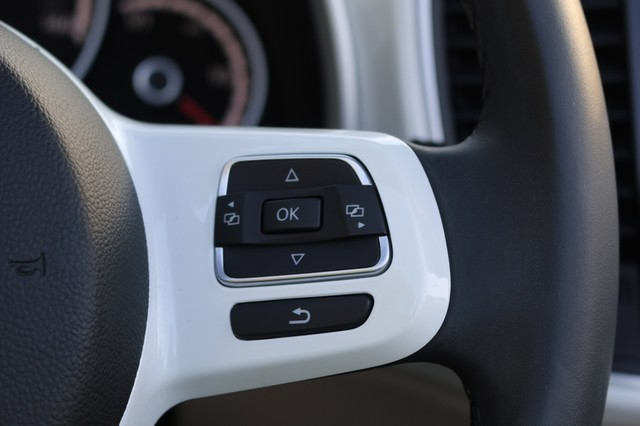 2015 Volkswagen Beetle Convertible 1.8T Mooresville, North Carolina 29