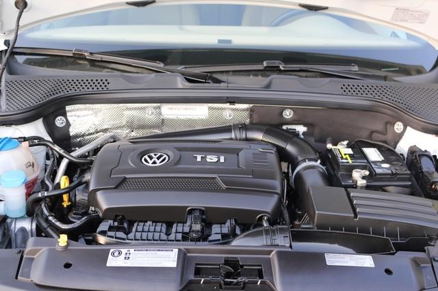 2015 Volkswagen Beetle Convertible 1.8T Mooresville, North Carolina 45