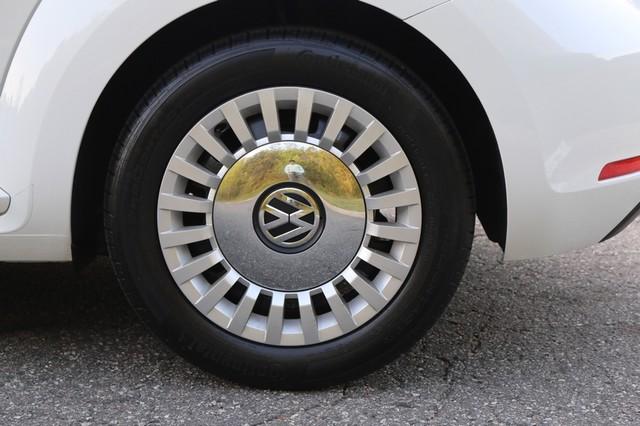 2015 Volkswagen Beetle Convertible 1.8T Mooresville, North Carolina 50
