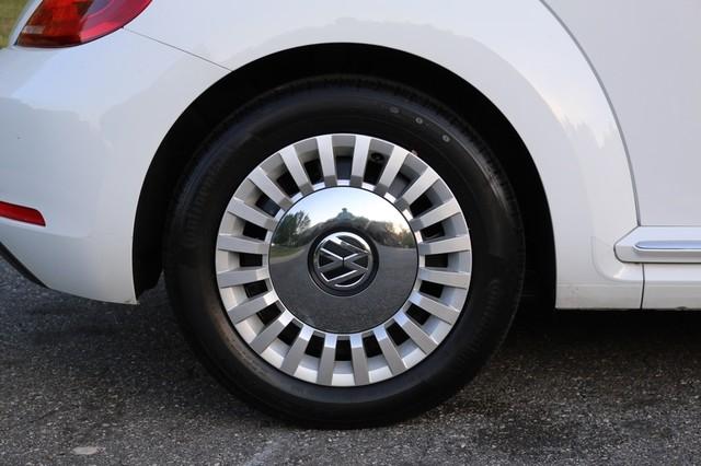 2015 Volkswagen Beetle Convertible 1.8T Mooresville, North Carolina 51