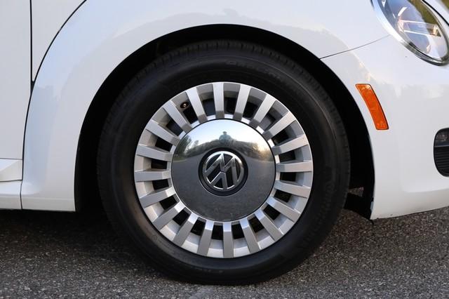 2015 Volkswagen Beetle Convertible 1.8T Mooresville, North Carolina 52