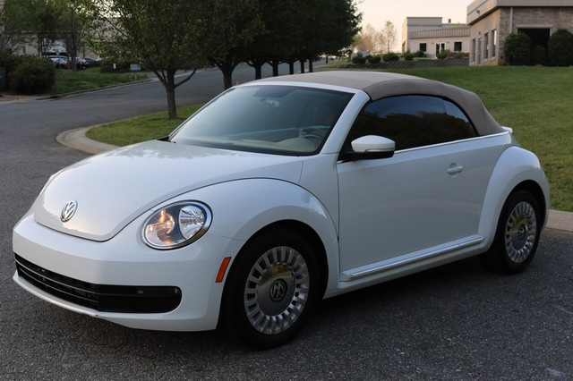 2015 Volkswagen Beetle Convertible 1.8T Mooresville, North Carolina 53