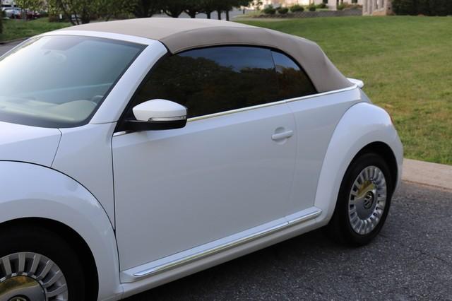 2015 Volkswagen Beetle Convertible 1.8T Mooresville, North Carolina 54