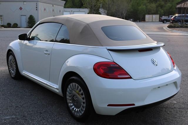 2015 Volkswagen Beetle Convertible 1.8T Mooresville, North Carolina 56