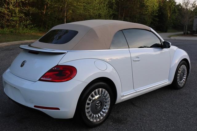 2015 Volkswagen Beetle Convertible 1.8T Mooresville, North Carolina 58