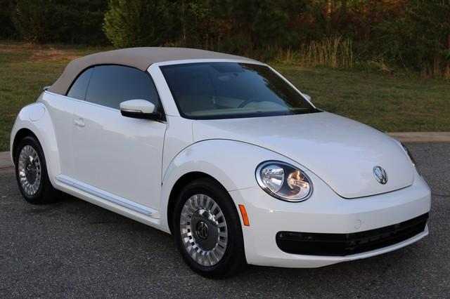 2015 Volkswagen Beetle Convertible 1.8T Mooresville, North Carolina 61