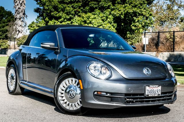 2015 Volkswagen Beetle Convertible 1.8T w/Tech - AUTO - 26K MILES - HTD STS Reseda, CA 2