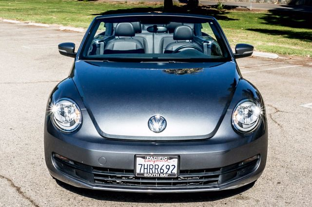 2015 Volkswagen Beetle Convertible 1.8T w/Tech - AUTO - 26K MILES - HTD STS Reseda, CA 10