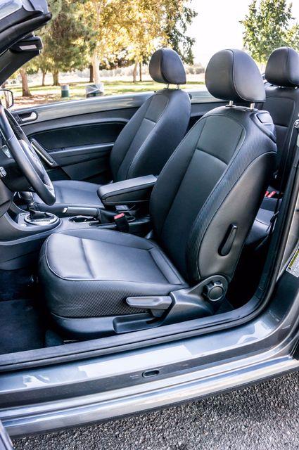 2015 Volkswagen Beetle Convertible 1.8T w/Tech - AUTO - 26K MILES - HTD STS Reseda, CA 20