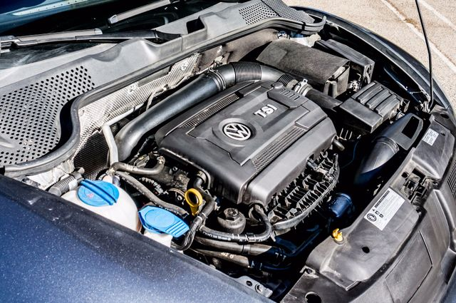 2015 Volkswagen Beetle Convertible 1.8T w/Tech - AUTO - 26K MILES - HTD STS Reseda, CA 15