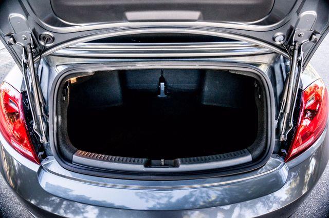 2015 Volkswagen Beetle Convertible 1.8T w/Tech - AUTO - 26K MILES - HTD STS Reseda, CA 16