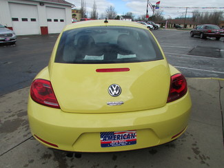 2015 Volkswagen Beetle Coupe 1.8T Classic Fremont, Ohio 1