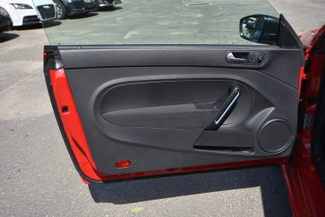 2015 Volkswagen Beetle Coupe 1.8T Classic Naugatuck, Connecticut 13
