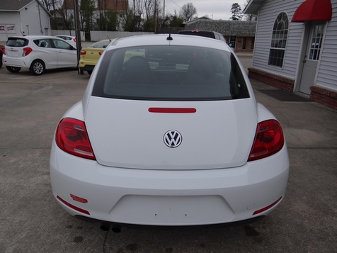 2015 Volkswagen Beetle Coupe 1.8T Classic | Paragould, Arkansas | Hoppe Auto Sales, Inc. in Paragould, Arkansas