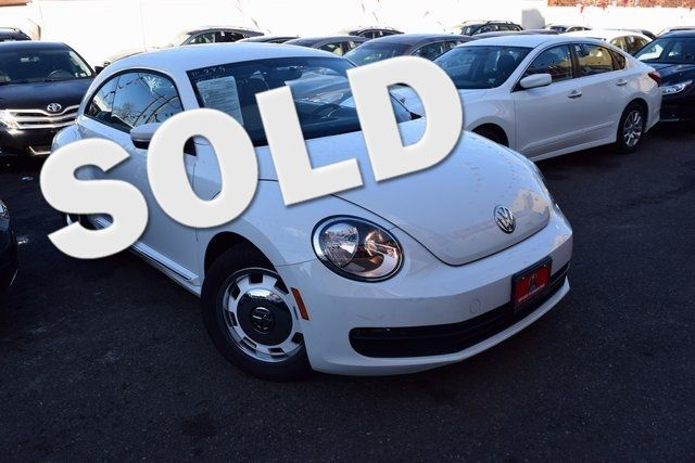 2015 Volkswagen Beetle Coupe 1.8T Classic Richmond Hill, New York 0