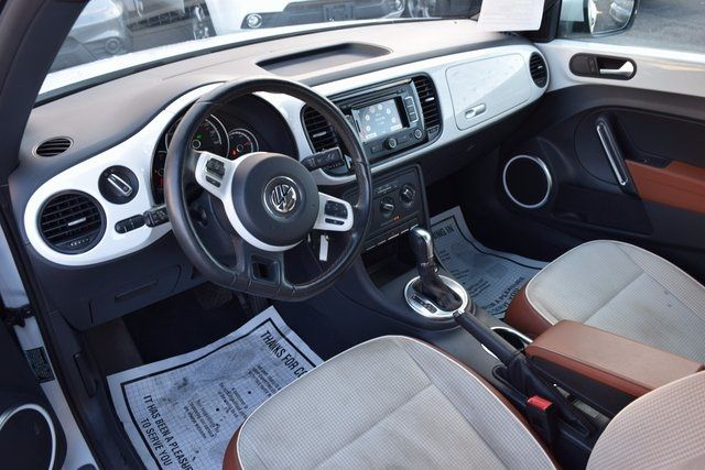 2015 Volkswagen Beetle Coupe 1.8T Classic Richmond Hill, New York 11