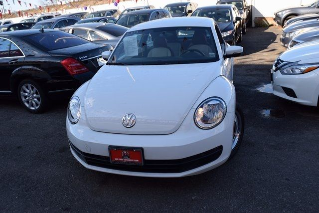 2015 Volkswagen Beetle Coupe 1.8T Classic Richmond Hill, New York 2