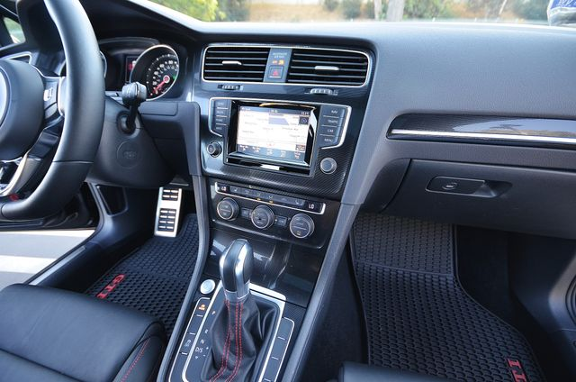 2015 Volkswagen Golf GTI Autobahn - NAVI - LTHR - 39K MILES Reseda, CA 10
