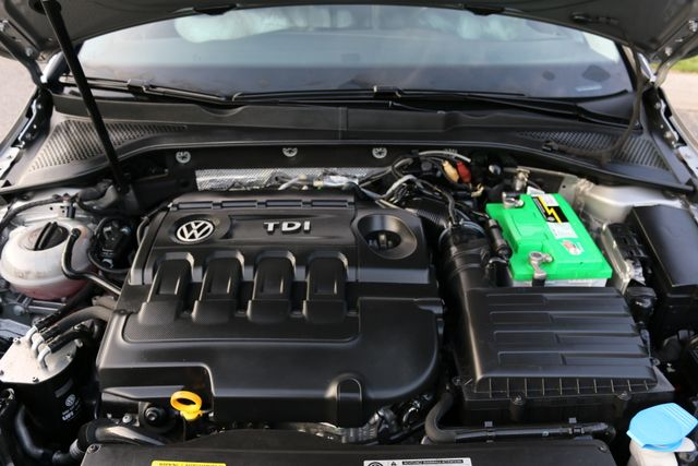 2015 Volkswagen Golf TDI S Mooresville, North Carolina 43