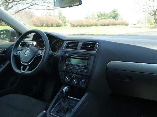 2015 Volkswagen Jetta 1.8T SE Leesburg, Virginia 14