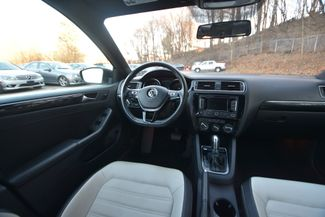 2015 Volkswagen Jetta 1.8T Sport Naugatuck, Connecticut 12