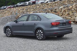 2015 Volkswagen Jetta Hybrid SEL Premium Naugatuck, Connecticut 2