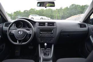 2015 Volkswagen Jetta 2.0L S Naugatuck, Connecticut 9