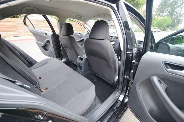 2015 Volkswagen Jetta 2.0L S Reseda, CA 23